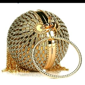 SWAROVSKI CRYSTAL GOLD ROUND UNIQUE DRESSY HANDBAG